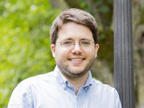 Dr. Sebastian Dümcke